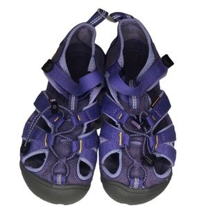 Keen shoes size 13 girl